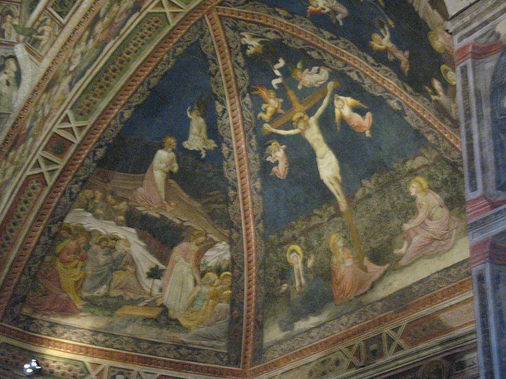 Сцены из Евангелия на фресках в Баптистерии.