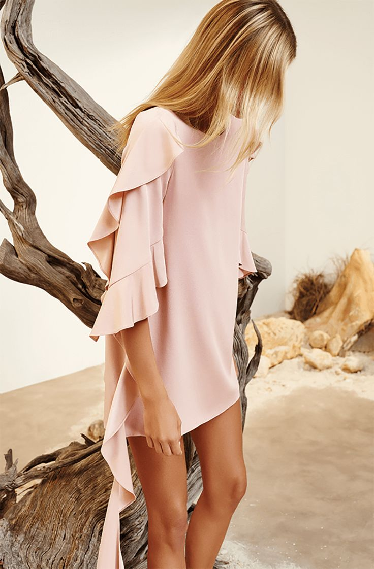 Get Flawlessly Flirty with Alexis' Resort 17 Collection