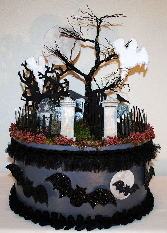 Best halloween gingerbread house ideas on pinterest