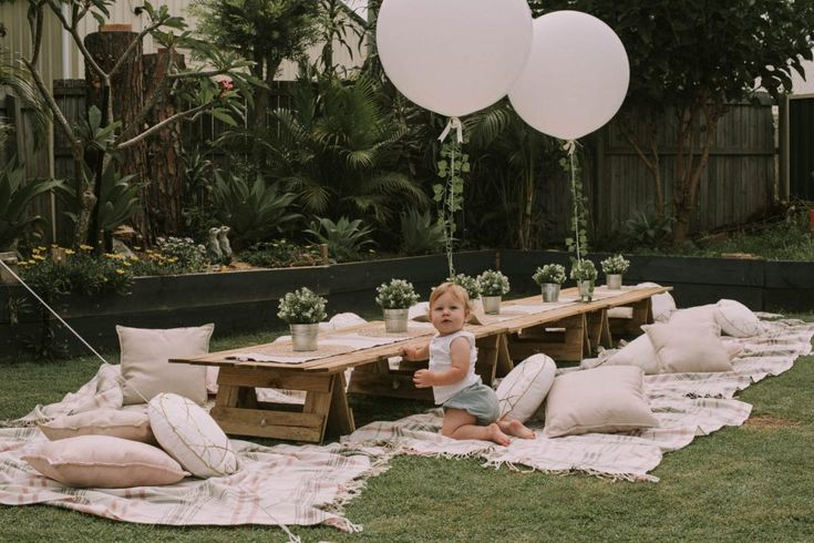 Jumbo ivy tail balloons for wild one / whimsical / boho birthday from www.lovelyoccasions.com.au