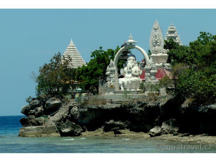 Ganeša, socha na ostrově Menjangan