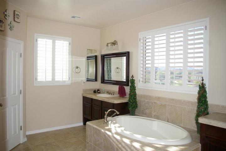 2000s windows Phoenix homes Design Through the Decades | 90\'s/00\'s ...