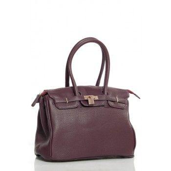 Geanta Hermina este o geanta eleganta - office, ideala pentru birou. Cocheta si incapatoare, Hermina este compartimentata de asa maniera incat sa gazduiasca toate obiectele pe care le purtati cu dvs. zi de zi. Pune-ti in valoare tinuta de birou cu o geanta pe cat de frumoasa, pe atat de practica.