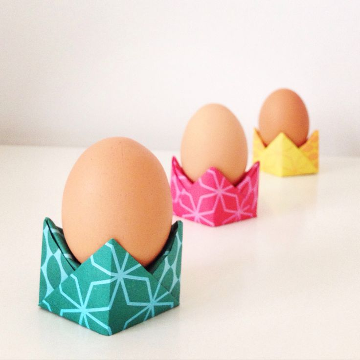 Eierdopjes vouwen | Folding egg cups #origami #videotutorial