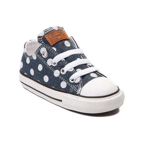 Don't get put on the spot without the new Dots Chucks from Converse All Star! Lace up her lovely look with the Dots Lo Sneaker, flaunting a lo top design with denim uppers and polka dot prints. Only available at Journeys Kidz!    Features include   Denim uppers with polka dot prints   Lace-up closure for a secure fit   Signature rubber cap toe for durability   Classic Converse rubber sole for flexible traction   Manufacturer style 750509F