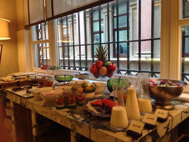 Breakfast at Vault Karakoy The House Hotel