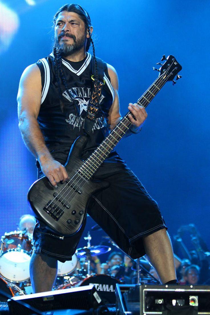 Metallica  Robert Trujillo  May 29 Gelsenkirchen Germany 2015