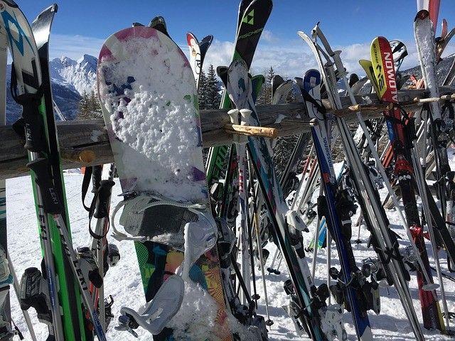 27.Dezember 2017 - Steinhaus/Ahrntal - 6. Nostalgie-Weltcup-Skirennen Ahrntal - um 19 Uhr erfolgt der Einmarsch der Athleten - um 20:30 Uhr beginnt das Rennen - Anmeldung ist erforderlich!...http://dorftirol.beeplog.de/786258_5314845.htm Für weitere Infos und Veranstaltungen Link klicken! #südtirol #tirolo #southtyrol #wandern #trekking #aldoadige #berge #mountains #urlaub #dolomiten #dolomiti #dolomites #alpen #outdoor #natur #italien #freundedorftirols #steinhaus #ski #wintersport