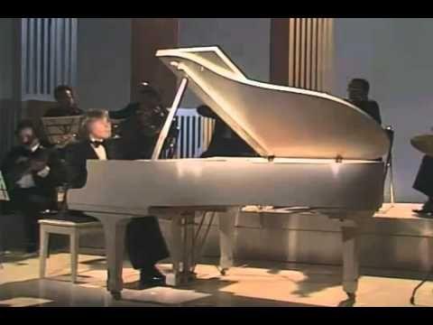 CARTA A MI MADRE - RICHARD CLAYDERMAN - YouTube