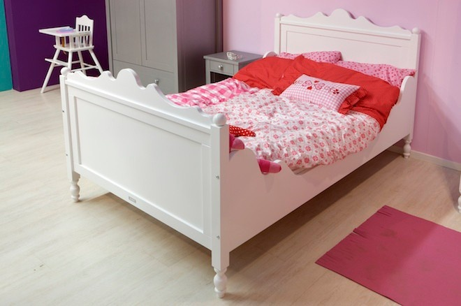 Bopita Twin bed Belle single or twin bed for daughter?