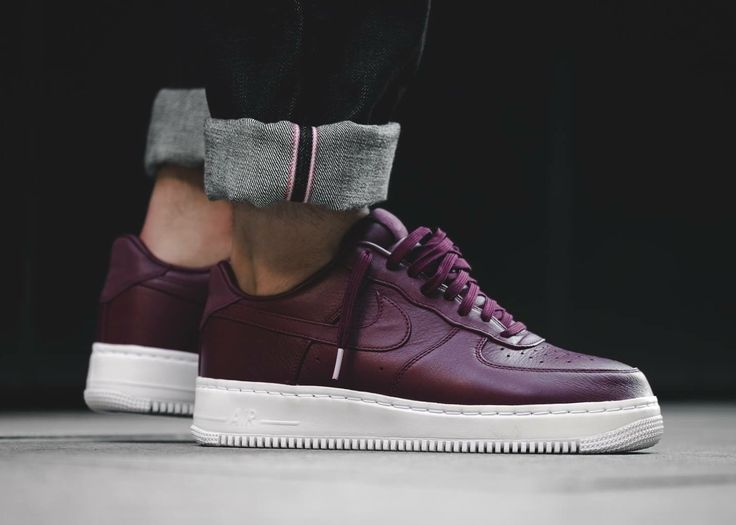 Nike Air Force Bordeaux Low