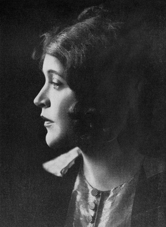 Mae Murray, circa 1917