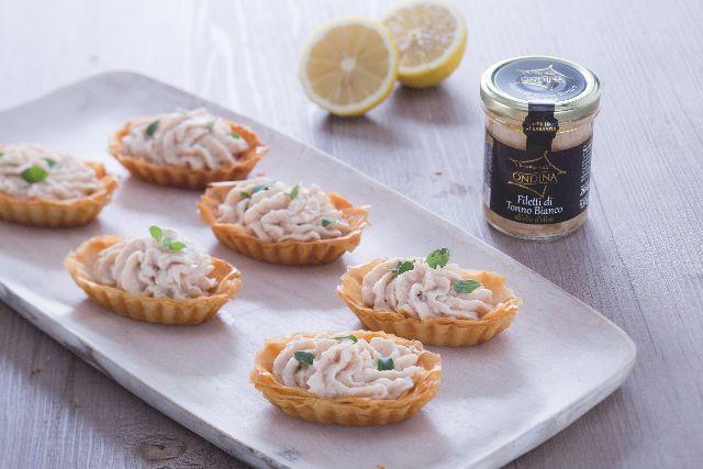 Ricetta Barchette croccanti con mousse di tonno - Le Ricette di GialloZafferano.it