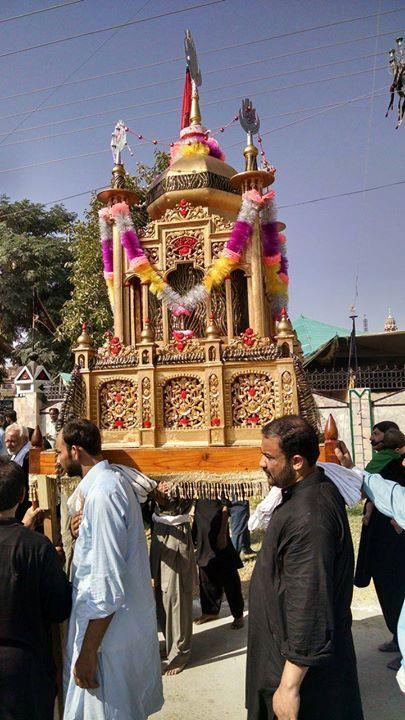 Ashura Procession - Chakwal Pakistan  (10 Muharram 1438 / 2016 - Chakwal Pakistan)  Photography: Syed Zaghum Abbas   Shia Multimedia Team - SMT http://ift.tt/1L35z55