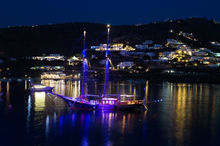 Do you deserve a princely evening with twinkling stars, shimmering waters and unbridled luxury aboard the #yachtprince? #kivotosmykonos #privateyacht #yachtchartering #luxurylifestyle #yachtlife #mensfashion #CandleLightDinner #instatraveling #romance http://qoo.ly/hcwfh