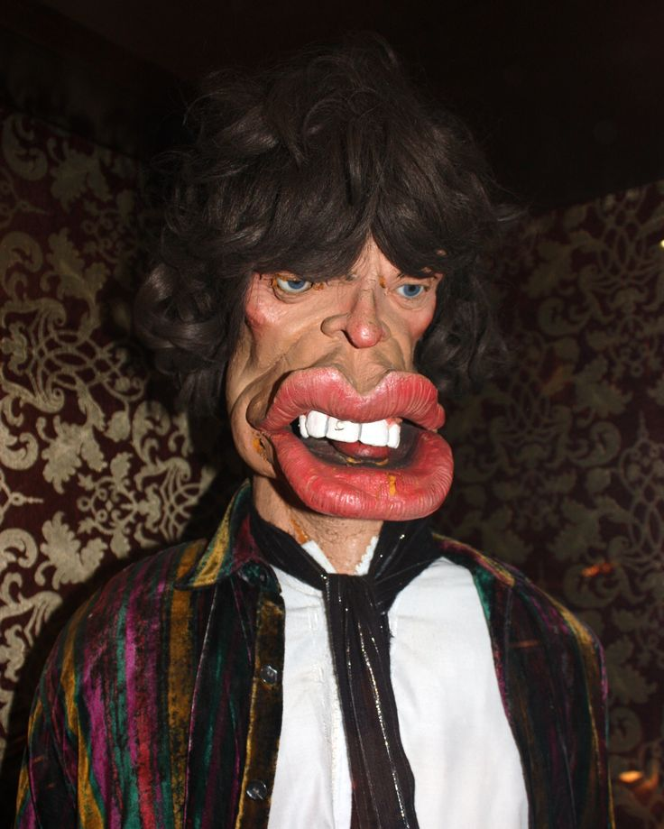 mick-jaggers-spitting-image-puppet-