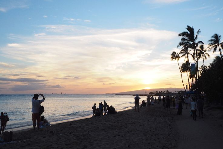 THE SUNDAY MODE: 12 Hours In Hawaii (A Day In The Life)