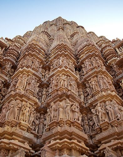 Khajuraho Temple in Khajuraho, Madhya Pradesh, IN by Simon M Turner on flickr.com