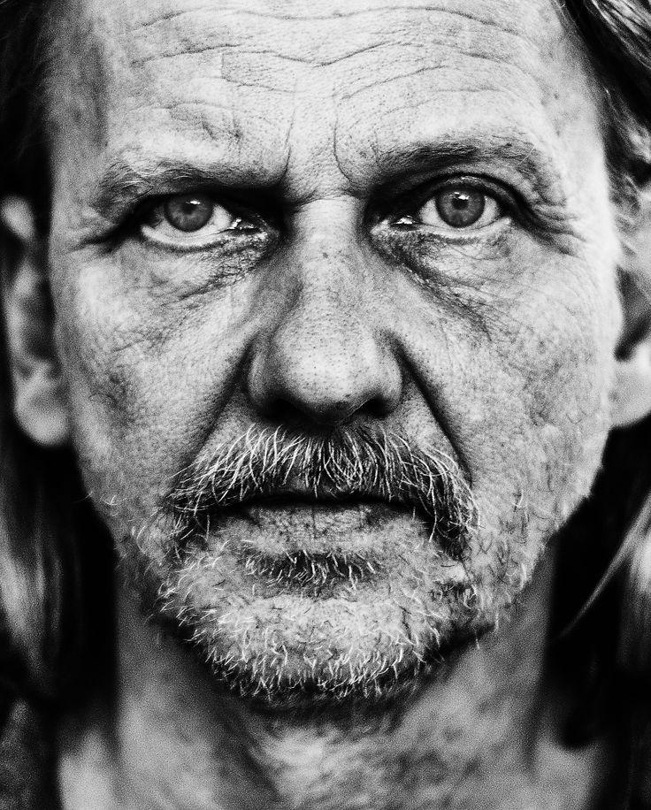 Portrait of Teuvu   Photographer Carl-Robert Jonzon | Jönköping, Sweden  http://www.carlrobertjonzon.se