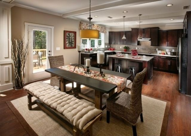 k che essbereich wandfarbe beige dunkle holzm bel landhausstil interior pinterest. Black Bedroom Furniture Sets. Home Design Ideas
