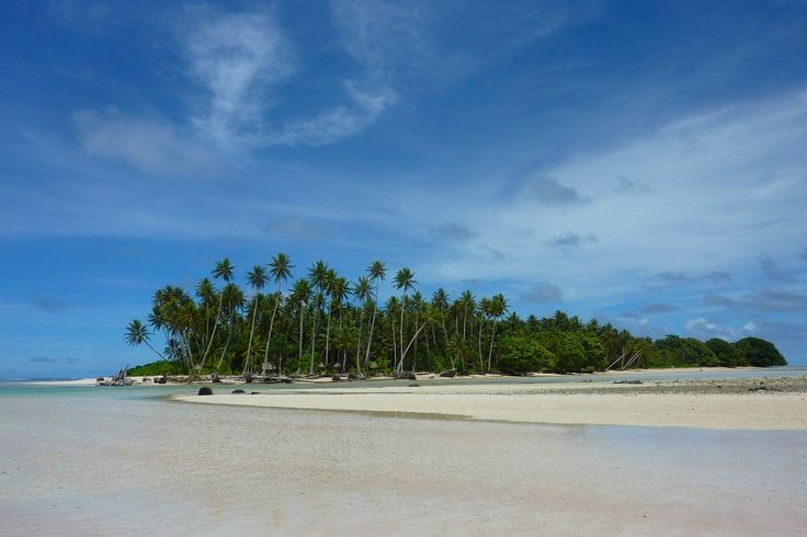Pohnpei, un estado marítimo insular en el Océano Pacífico:  http://www.navegar-es-preciso.com/news/pohnpei-un-estado-maritimo-insular-en-el-oceano-pacifico-1-/