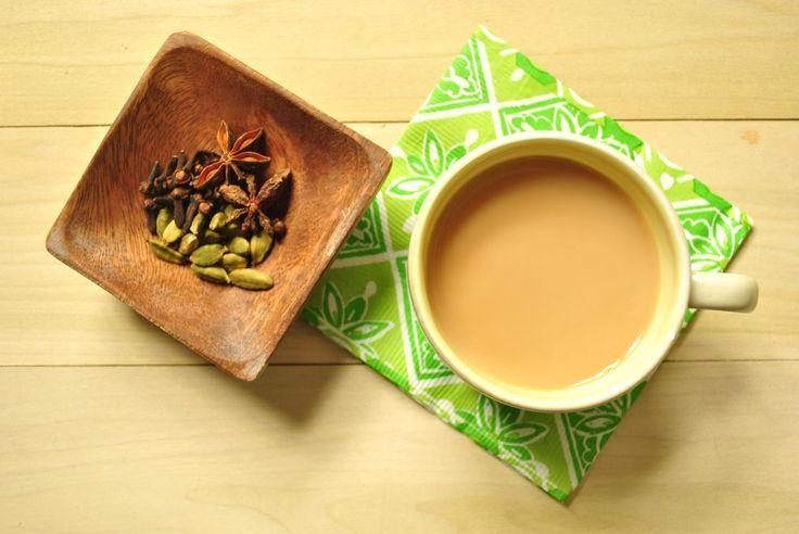 Il chai è un tè aromatizzato con diverse spezie, che può essere addolcito con latte e zucchero. Si tratta di un infuso preparato in tutta l'India e amato a tal punto da essere considerato una…