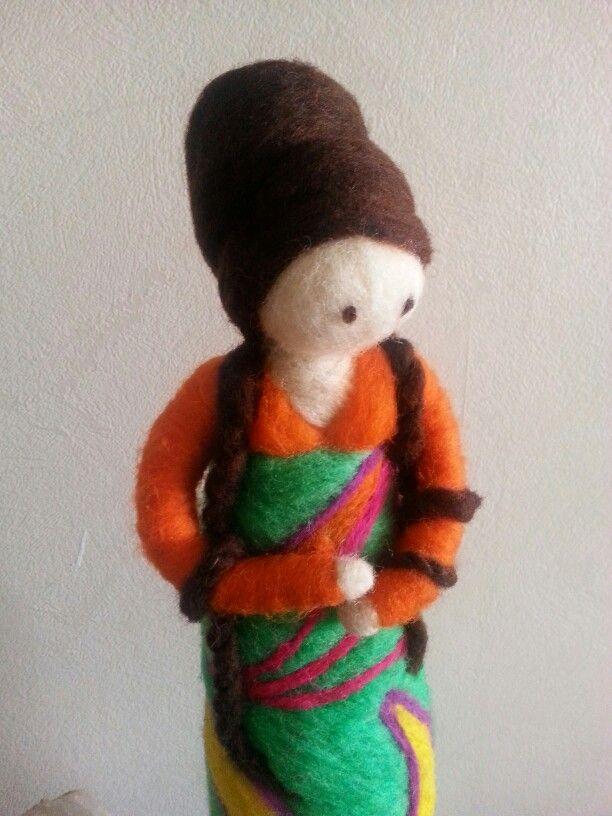 Muñeca de vellon