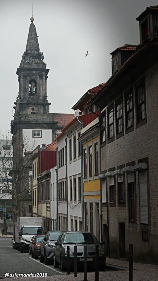 Igreja da Trindade - f. Agostinho Fernandes