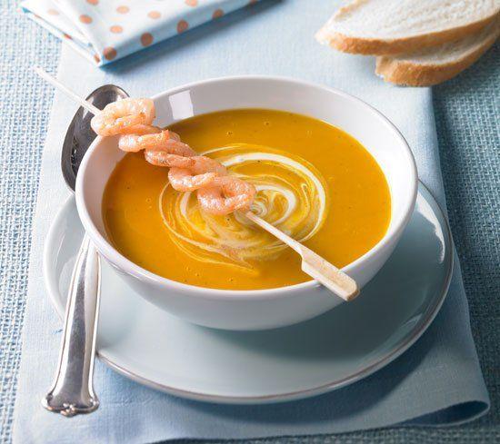 Süßkartoffel-Ingwer-Suppe Rezept: Cremesuppe mit Süßkartoffeln und frischer Ingwernote - Eins von 7.000 leckeren, gelingsicheren Rezepten von Dr. Oetker!