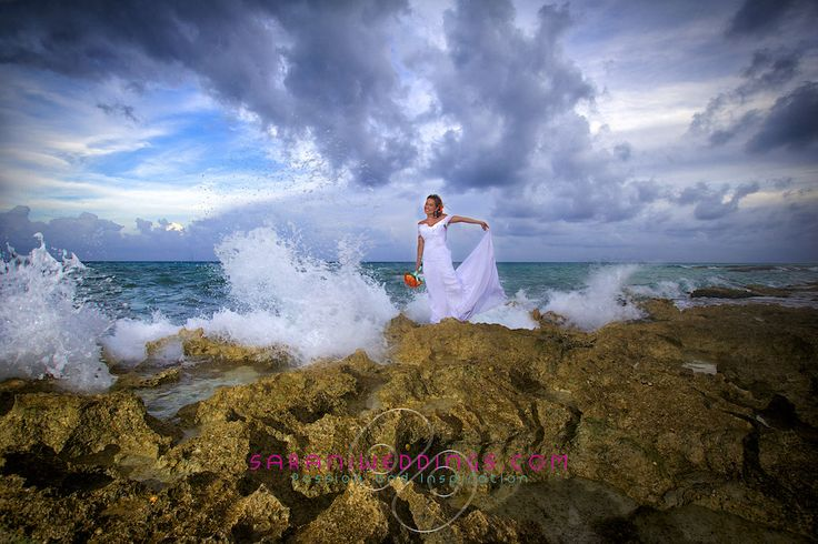Sarani takes a special brides moment and creates a work of art. http://bit.ly/1VCyPpX #lizmooreweddings