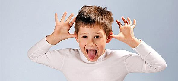 Τα παιδιά δεν έχουν έμφυτο το αίσθημα του σεβασμού. Είναι καθήκον των γονιών να τους το μάθουν με τρόπους απλούς και αποτελεσματικούς.