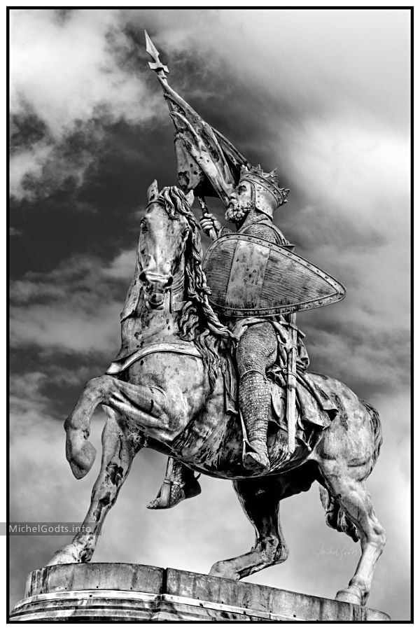 Bronze statue of Godfrey of Bouillon—a medieval Frankish knight—as he is leaving for the first crusade. Signed or unsigned photography print for art collectors or for a wall decor.