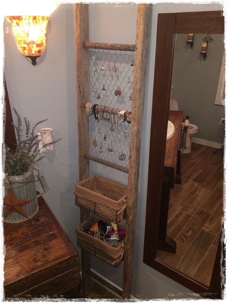 escaleras de mano para colocar bisuteria joyas collares escaleras decorativas usos ideas