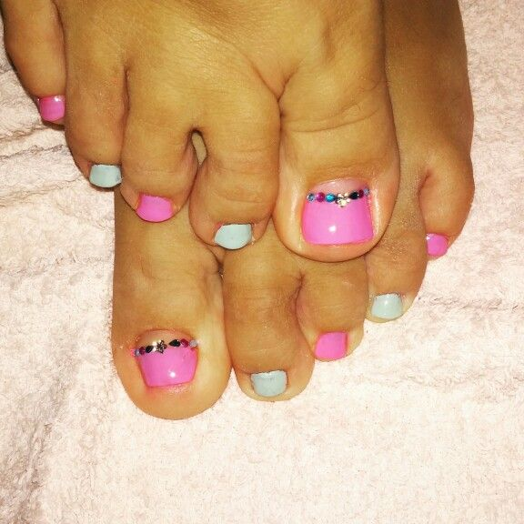 My new colorful pedicure