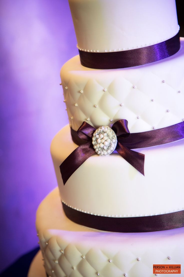 Best 10 Quilted wedding cakes ideas on Pinterest Royal blue