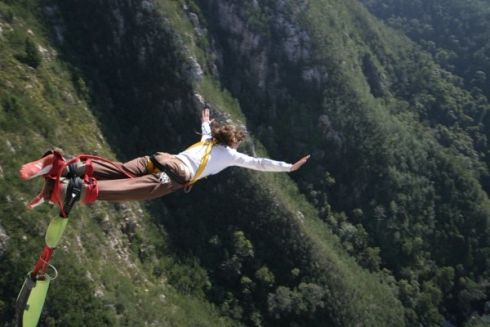 Bungee Jumping - Bungee in South Africa is a very popular pursuit with locals and visitors alike, and understandably so, since we boast the highest commercial bungee jump location on the planet! The awe-inspiring Bloukrans Bungee jump is located on the verdant Garden Route, and measures a whopping 216m in length.