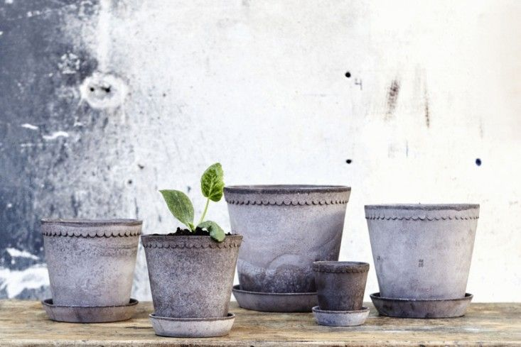 The Helena scallop-edged line of pots was inspired by the work of Italian potter Roberto Rosso, who worked in the 1800s in Bologna. The range shown above is available from Artilleriet; prices start at 89 Kroners for the smallest