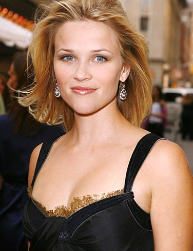 Watching Sweet Home Alabama = Falling in love with Reese Witherspoon's short hair cut
