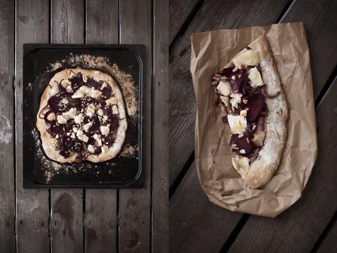 pizza med rödbetor, karamelliserad lök och chevré - våra oköttsliga lustar.