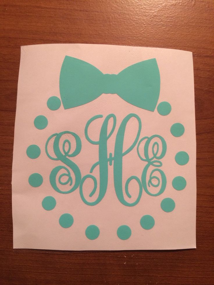 Vinyl Monogram with pearls and bow, Vinyl Monogram for yeti cup, Preppy Vinyl Monogram pearls, by effervescentsparkle on Etsy https://www.etsy.com/listing/246714644/vinyl-monogram-with-pearls-and-bow-vinyl