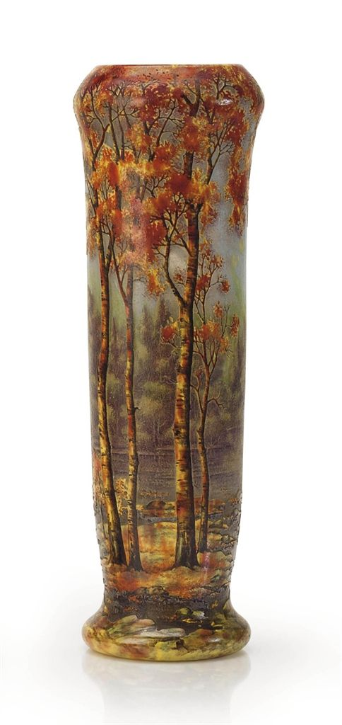 A FRENCH 'AUTUMN LANDSCAPE' VITRIFIED CAMEO GLASS VASE BY DAUM FRÈRES, CIRCA 1910