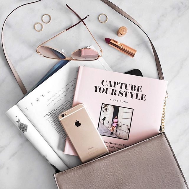 Spent the afternoon reading 'Capture Your Style' by @songofstyle! Amazing advice for bloggers & instagrammers