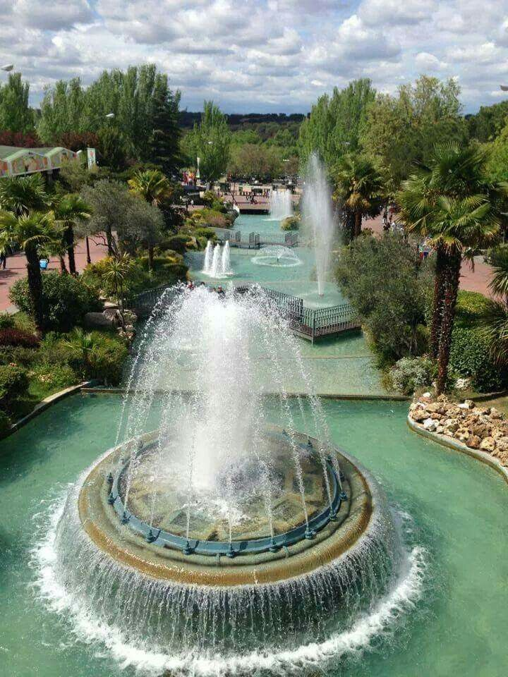 Parque de atracciones. Madrid, Spain