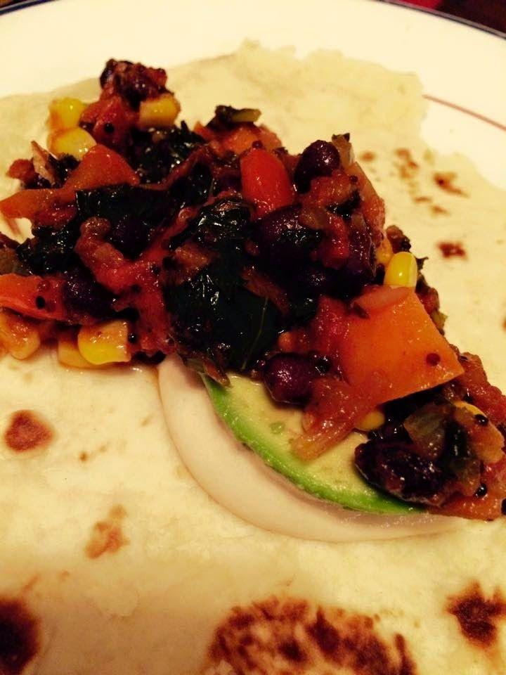 Burritos haricots noirs, patates douces et quinoa
