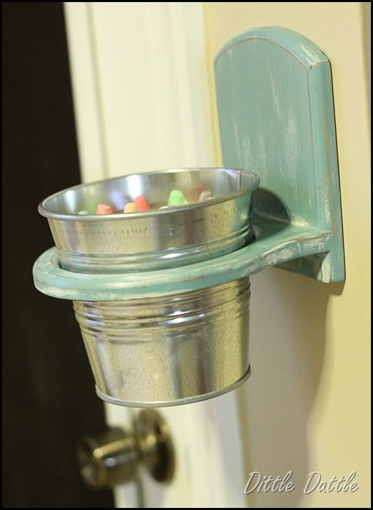 Chalk-holder for playroom