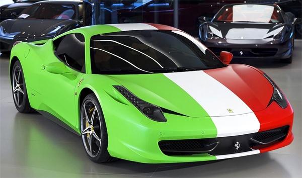 Italian flag car