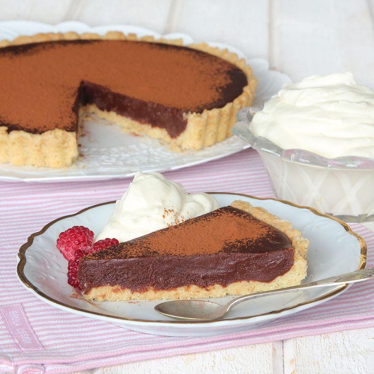 Desserttips! Superläcker smulpaj fylld med chokladkräm!