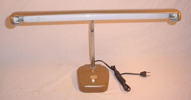 VINTAGE MID CENTURY MODERN FLORESCENT GOOSE NECK DESK LAMP