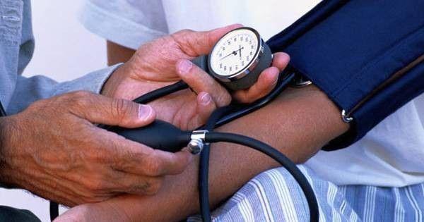 Leidest du unter zu hohem Blutdruck? Diese 12 Nahrungsmittel helfen dabei ihn zu senken