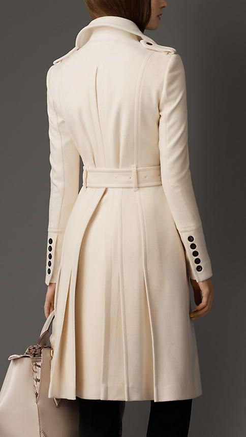 Oversize Collar Military Coat in Winter White   Burberry